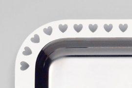 Rozsdamentes Tálca szív mintával 30 cm